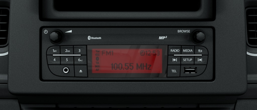Radio R 15 with Grafic Info Display - Opel Radios